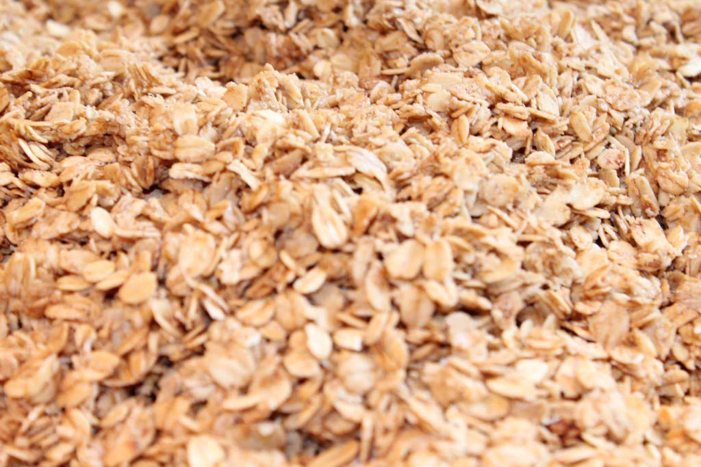 Homemade Granola {Easy Microwave Prep}