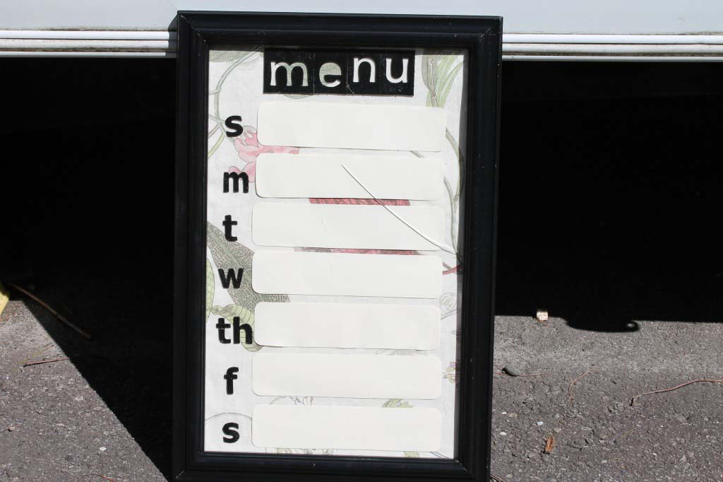 DIY Customized Menu Board
