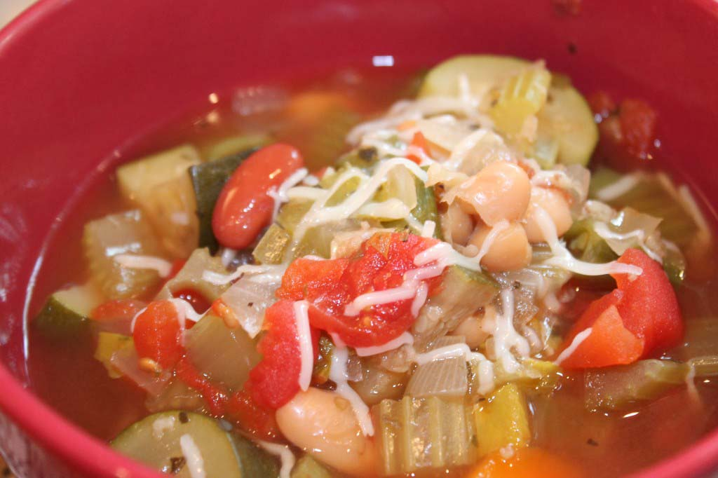 Crock Pot Minestrone Soup {Freezer Friendly}
