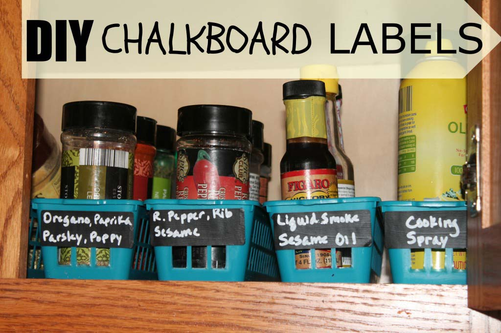 DIY Frugal Chalkboard Labels {spice/pantry organization}