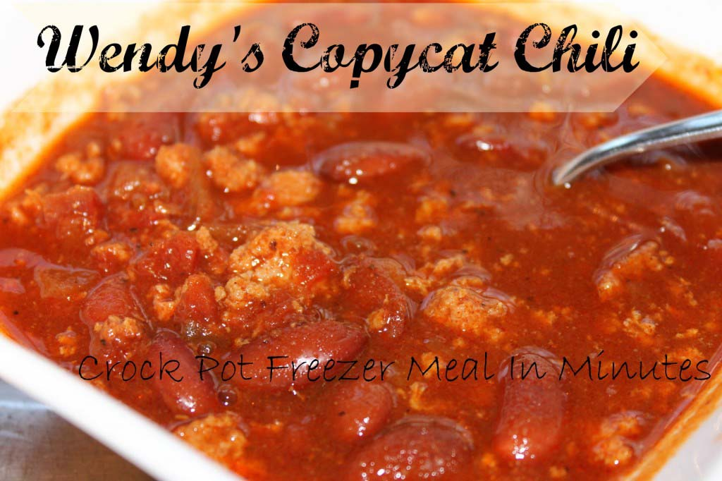 My favorite freezer chili: Wendy's Copycat Chili {crock pot freezer meal}