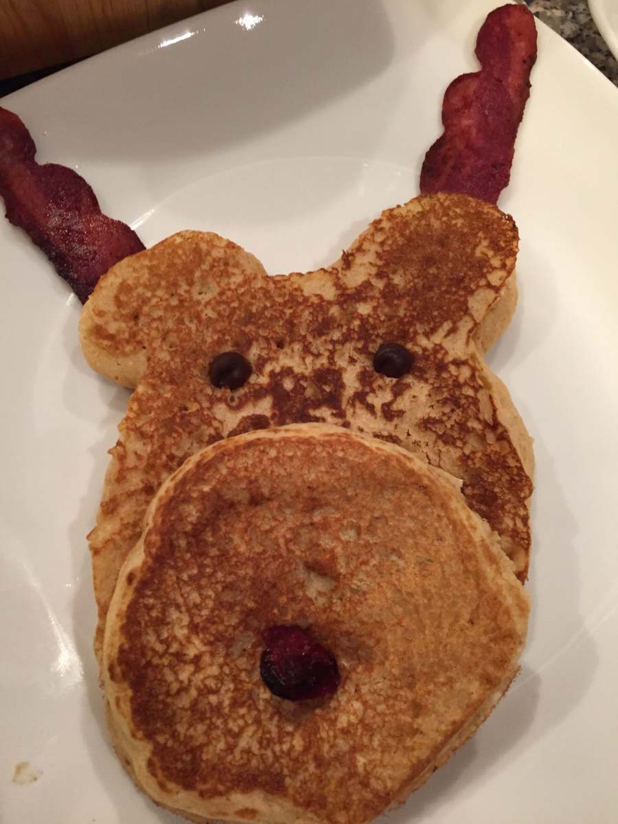 Reindeer Pancakes {Now and Later in the Freezer}