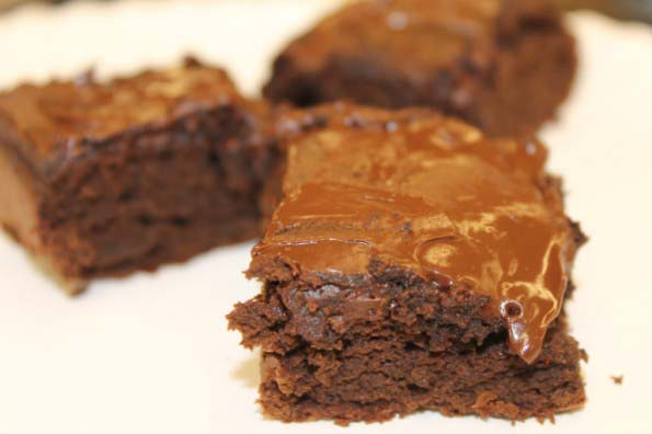 Black Bean Brownies with NO flour {Gluten Free}